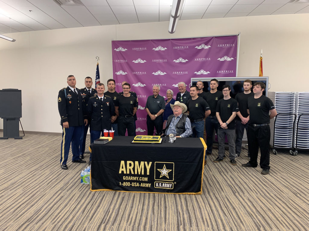 Mayor Hall, Vice Mayor Winters, Councilmember Hayden, and Councilmember Remley host recruits for the United States Army Flag Day.